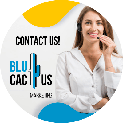 BluCactus -successful business presentation - Person working