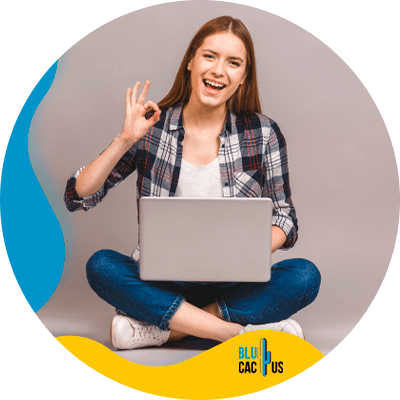 BluCactus - best hosting plan for bloggers - Working person