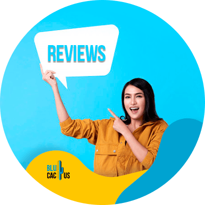 BluCactus - Manage your reviews - A woman pointing at a sign